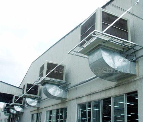 Có nhiều cách kết hợp thông gió với kênh dẫn gió để làm mát nhà xưởng